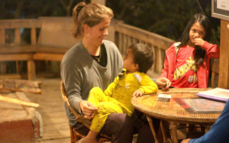 Erinnerungen an Laos:  Zu Gast im Daauw Home